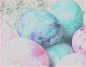Coloring Easter Eggs with Cool Whip Beautiful Image How to Dye Easter Eggs with Cool Whip